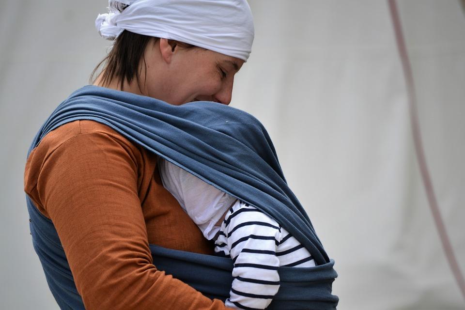 Stretchy baby wrap